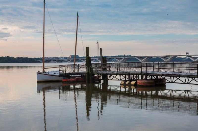 波托马克河早晨视图亚历山大VA 免版税库存照片