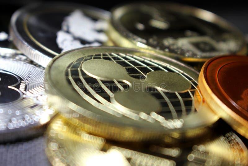 波纹-革命化数字付款的一新的cryptocurrency -与其他隐藏硬币的硬币 图库摄影