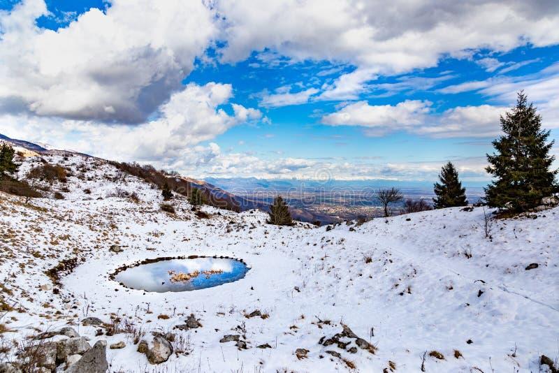 波谷冬季景观 免版税库存图片