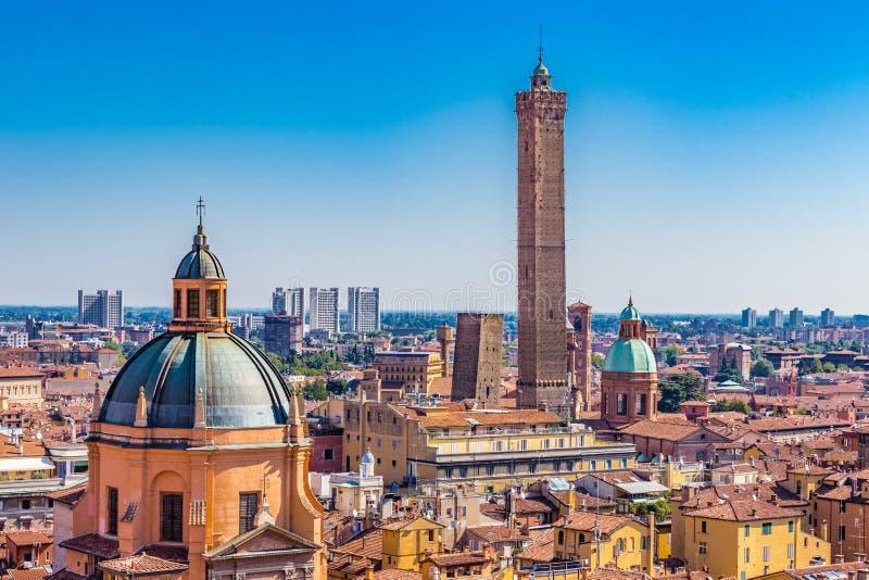波隆纳一点红・意大利全景romagna视图 免版税库存图片