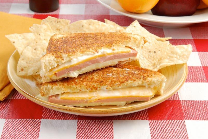 波隆纳干酪三明治 库存图片