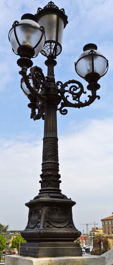 波隆纳路灯柱 免版税库存图片