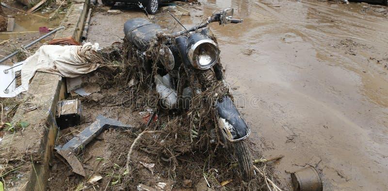 泥和破坏在洪水以后在圣Llorenc在海岛马略卡 图库摄影