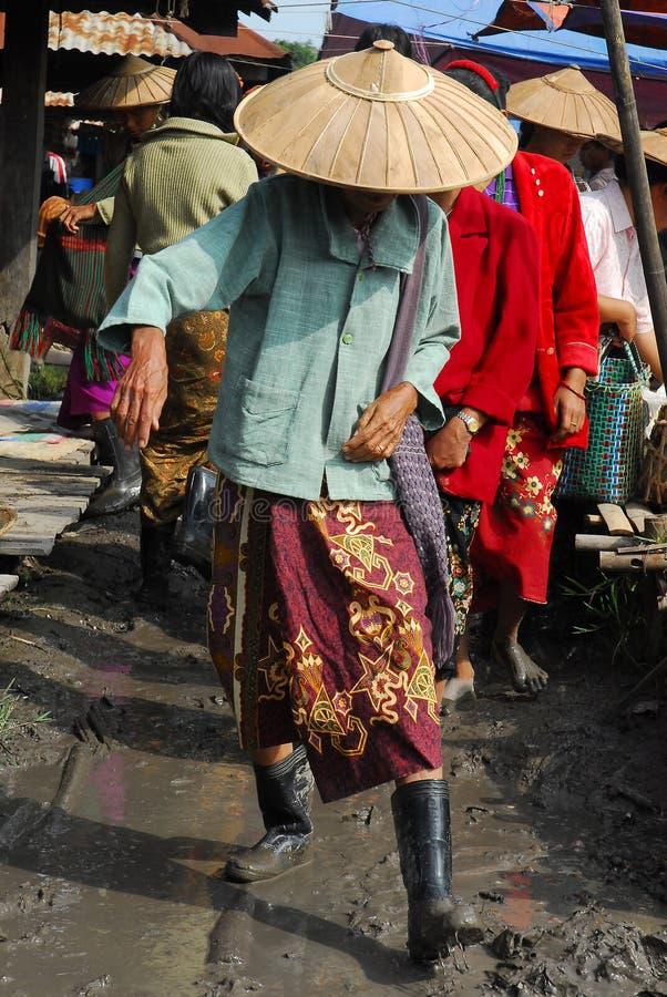 泥妇女 免版税图库摄影