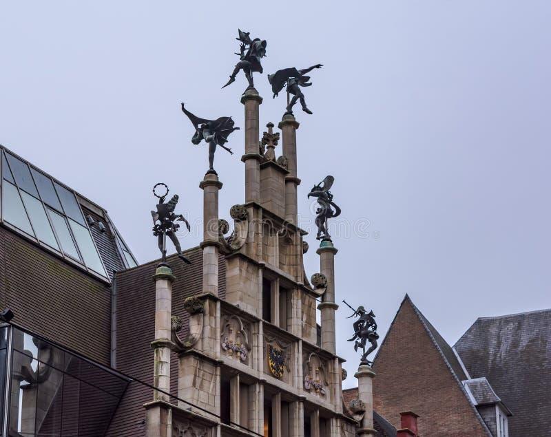 泥工的协会霍尔外部在跟特,比利时 免版税库存图片
