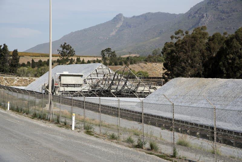 水泥生产工作南非 库存照片