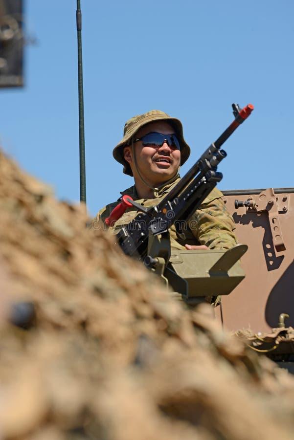 注视着营业日nz军队的 免版税图库摄影