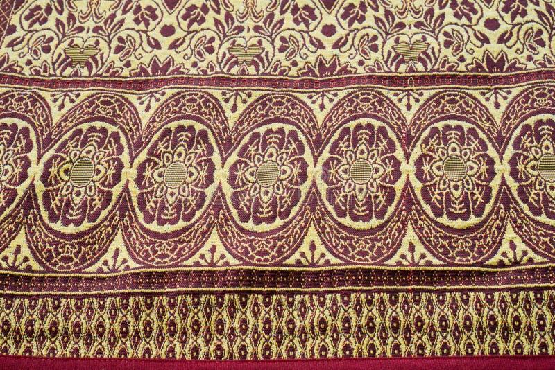 泰国丝绸木套鞋背景 免版税库存照片