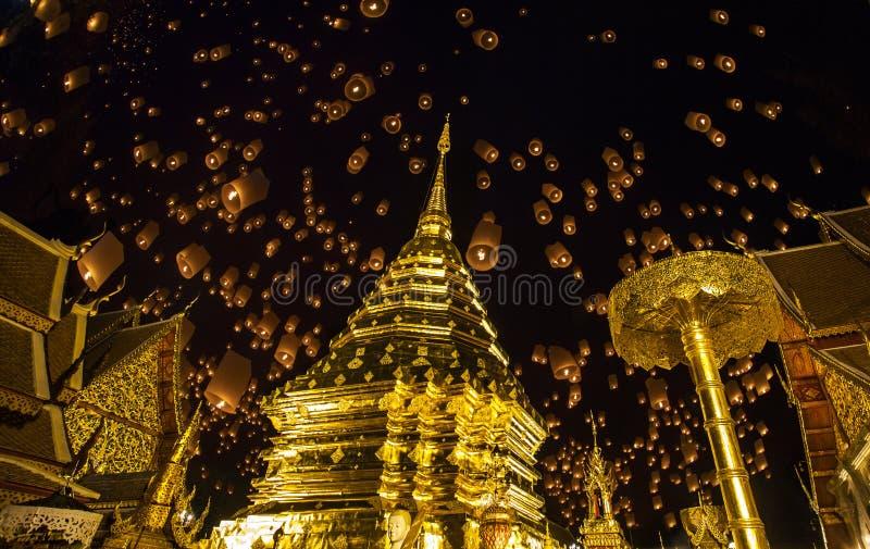 泰国人浮动的闪亮指示 图库摄影