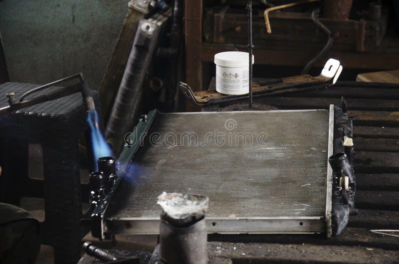 泰国人用途主角和气焊固定和焊剂幅射器的 免版税库存照片