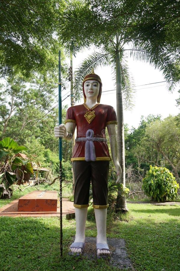 泰国古老战士雕象  免版税库存图片