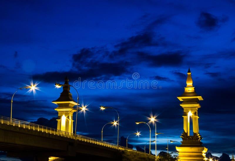 泰国和老挝桥梁 免版税库存图片
