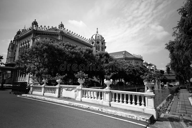 泰国政府大厦,泰国香港礼宾府,曼谷,泰国华氏豪宅在曼谷, 1月2015黑色和丝毫的泰国 免版税库存图片