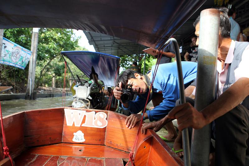 泰国无固定职业的摄影师拍照片 库存图片