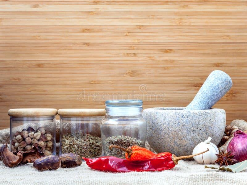 泰国普遍的食物红色咖喱香料成份的分类  库存图片