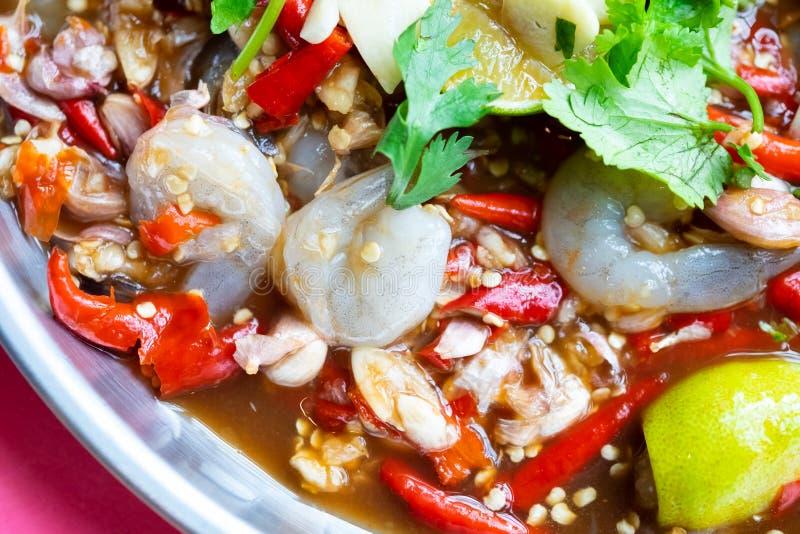 泰国样式辣虾沙拉 免版税库存图片