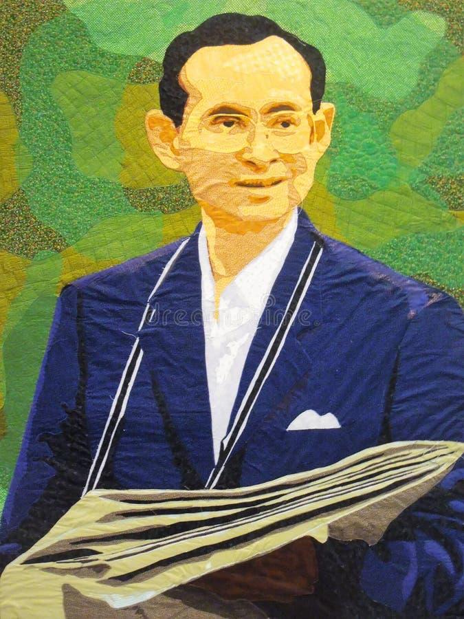 泰国的已故的国王普密蓬・阿杜德的画象 库存照片