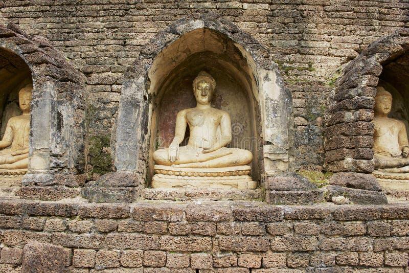 泰国素可泰历史公园西萨查纳莱寺遗址佛像 免版税库存图片