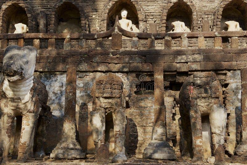 泰国素可泰历史公园西萨查纳莱寺遗址 免版税库存照片