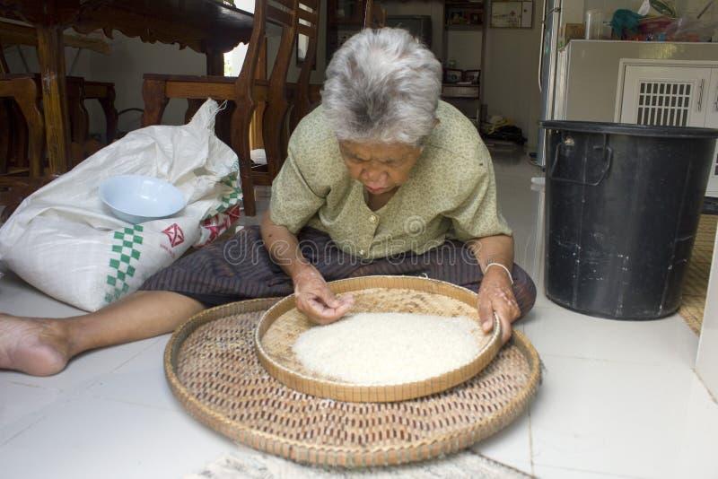 泰国老太婆生活 免版税库存图片