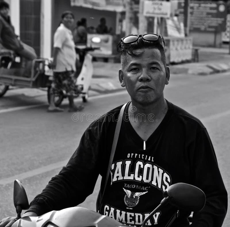 泰国街道上的人 免版税库存图片
