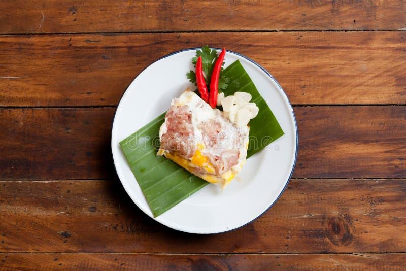 泰国街道食物清迈Naem Moak或酸猪肉 免版税库存图片