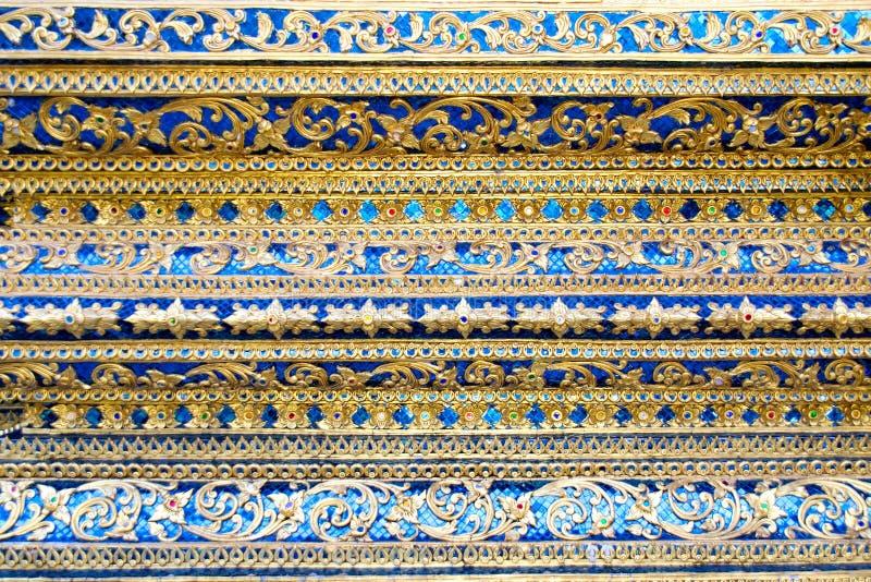 泰国镶边在基本的样式寺庙的艺术 免版税库存照片