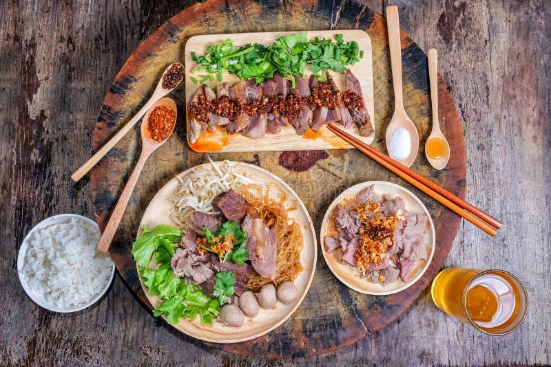 泰国面条用牛肉 免版税库存图片