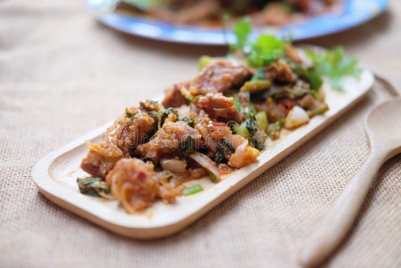 泰国食物烤猪肉辣沙拉  库存照片