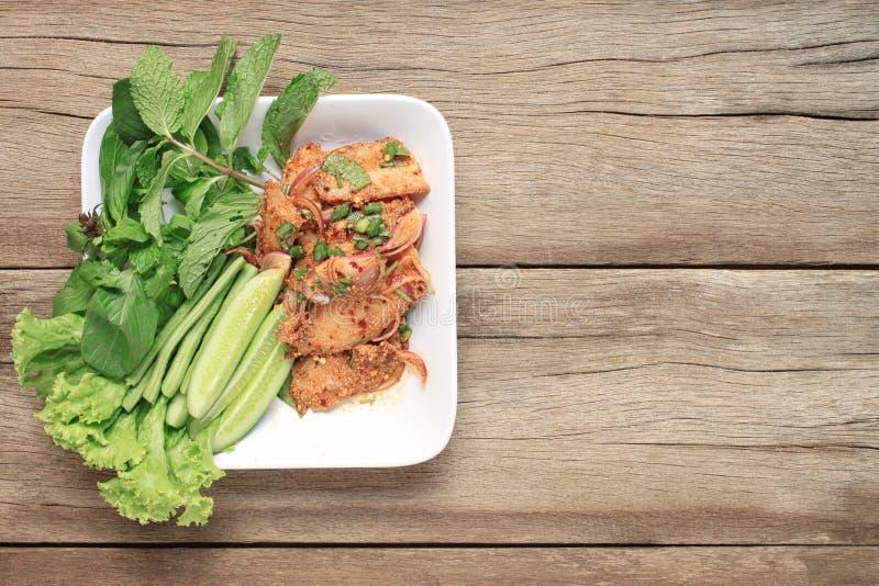 泰国食物辣烤猪肉沙拉  库存照片