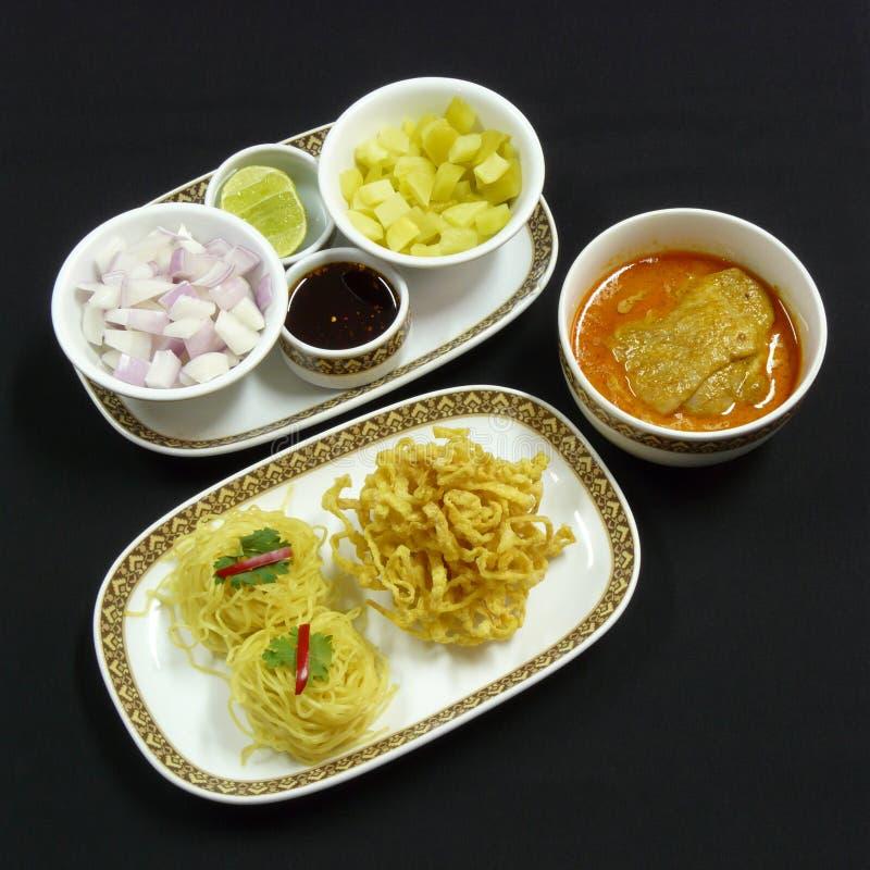 泰国食物, khao soi kai 免版税库存图片