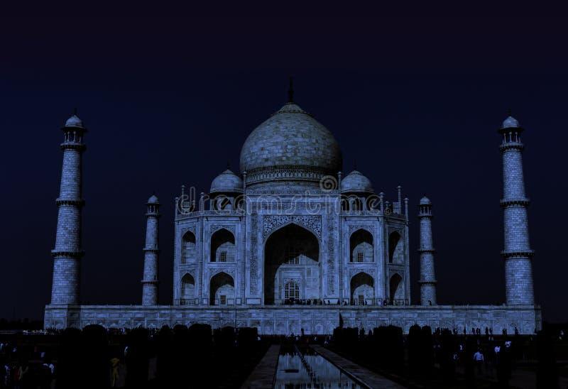 泰姬陵在夜之前-阿格拉,北方邦,印度 库存照片