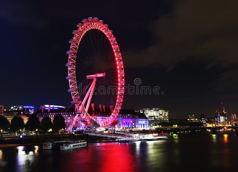 泰晤士河夜风景在伦敦英国 库存照片