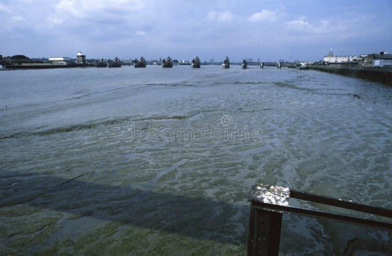 泰晤士洪水障碍伦敦英国 免版税库存图片