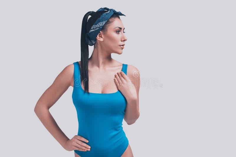 泳装的妇女 免版税库存照片
