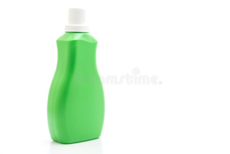 洗涤剂或地板液体清洁的绿色塑料瓶在白色背景 库存图片
