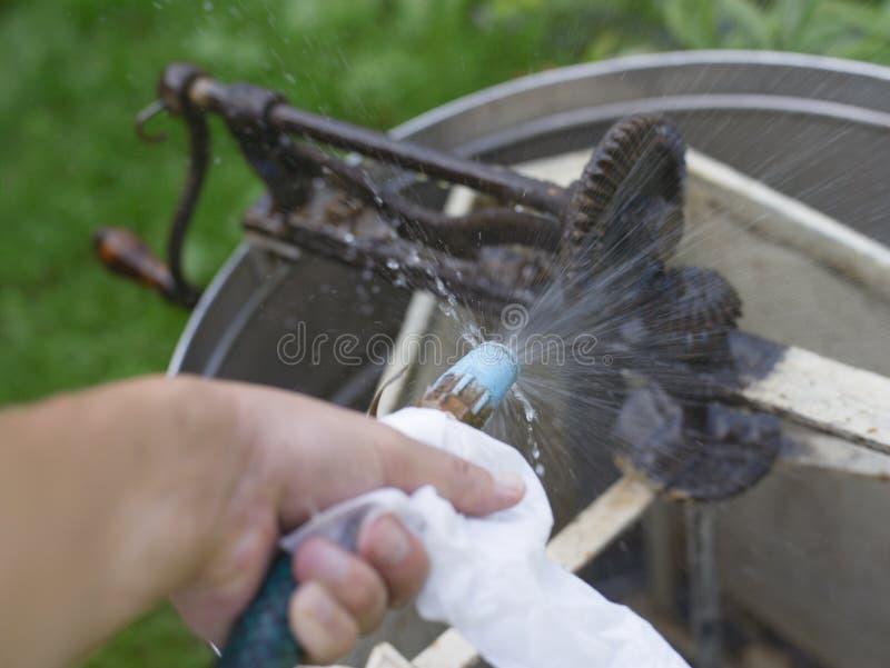 洗涤的减速火箭的蜂蜜提取器 库存照片