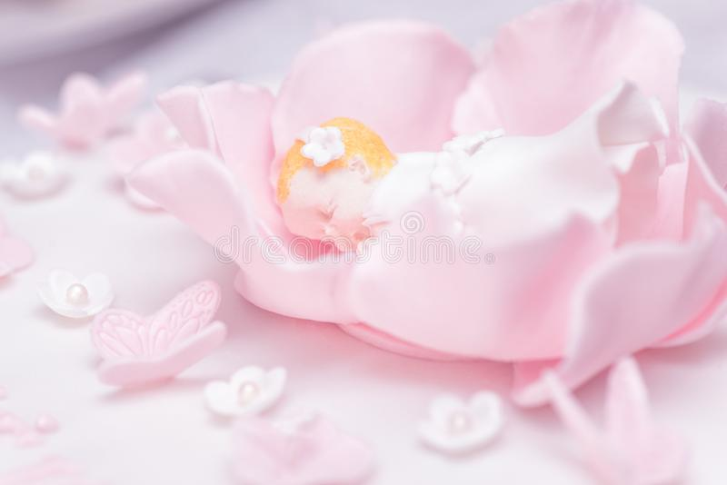 洗礼仪式蛋糕装饰 免版税图库摄影