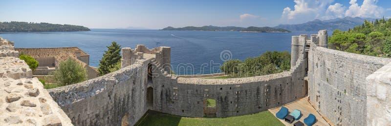 洛普德岛海岛,克罗地亚-修道院堡垒 库存照片