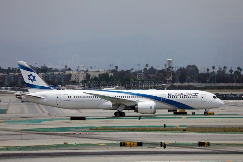 洛杉矶机场被拖着艾尔航空公司 库存图片