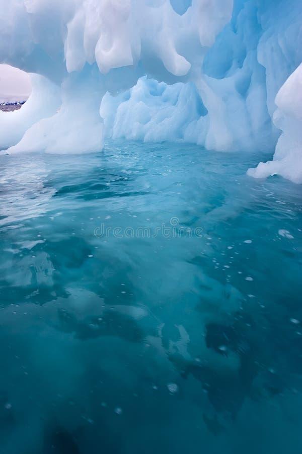 洞冰 免版税图库摄影