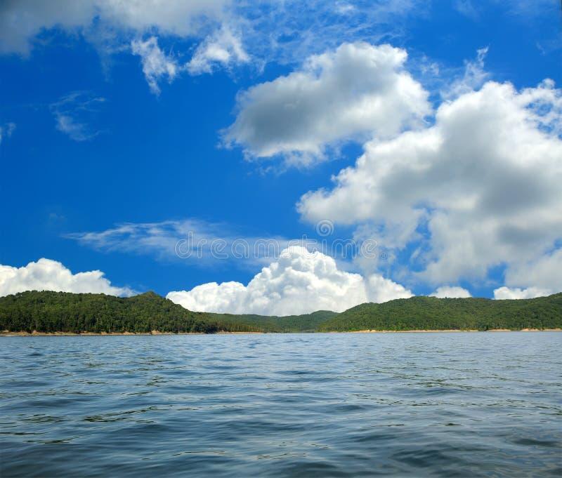 洞肯塔基湖运行美国 免版税库存照片