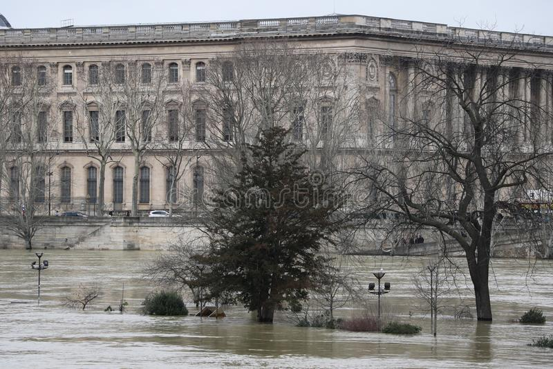 洪水在市巴黎 免版税库存照片
