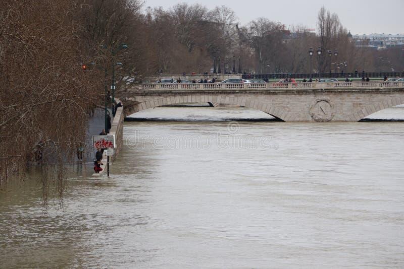 洪水在市巴黎 库存图片