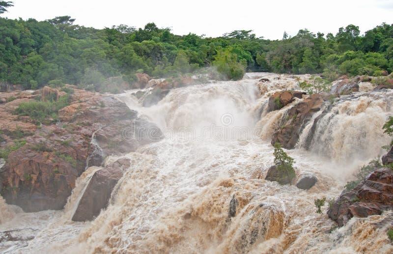 洪水的河 免版税图库摄影