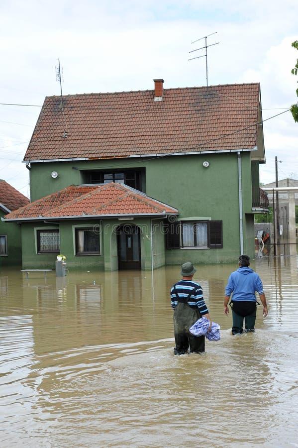 洪水,有人的被充斥的房子的后果 库存照片