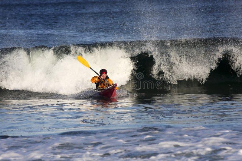 活动的皮船冲浪者 免版税图库摄影