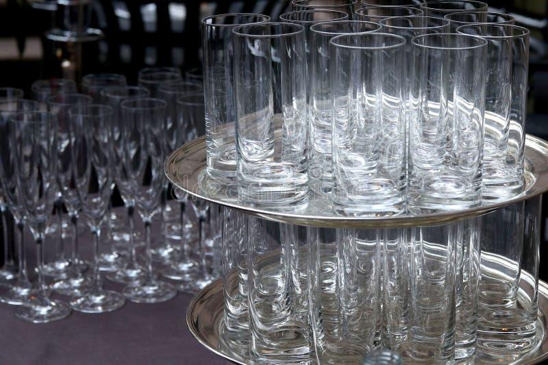 派对上的鸡尾酒杯 免版税库存照片