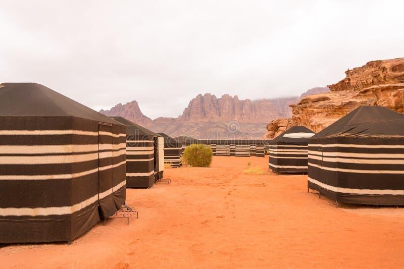 流浪的帐篷,瓦地伦沙漠,约旦 免版税库存图片