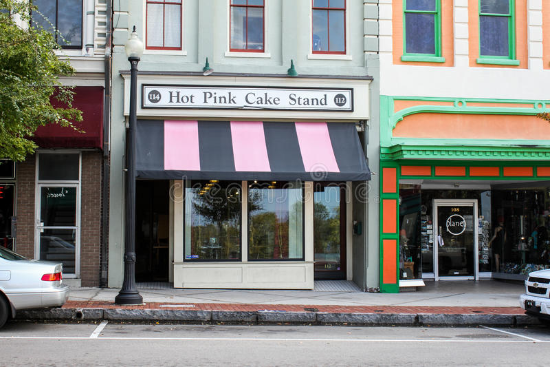 流行粉红蛋糕立场,威明顿,北卡罗来纳 免版税图库摄影